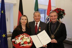 Inspiriert und motiviert – Verdienstmedaille für Enrico de Angelis
