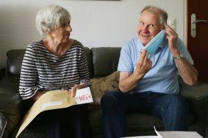Amt für Soziales verschickt Hygienekits an Senioren