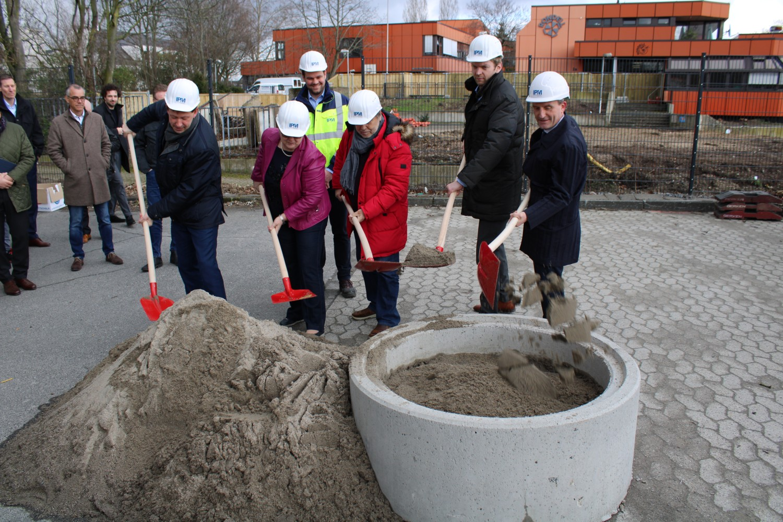 Freude über neue Aula – Erweiterungsbau für die Carl-Benz-Realschule