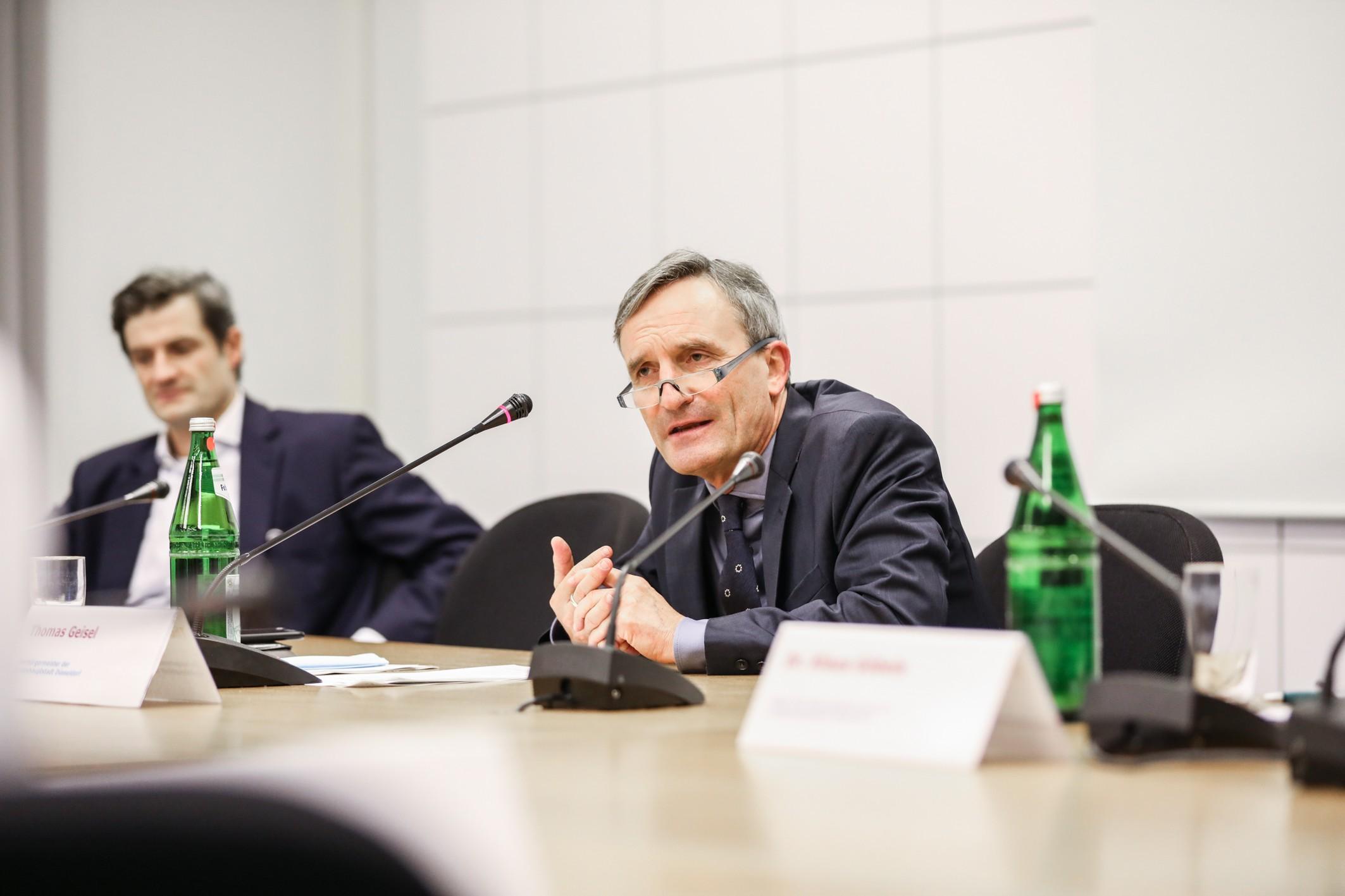 Thomas Geisel beim Pressegespräch